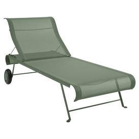 image-Dune Sun lounger by Fermob Cactus