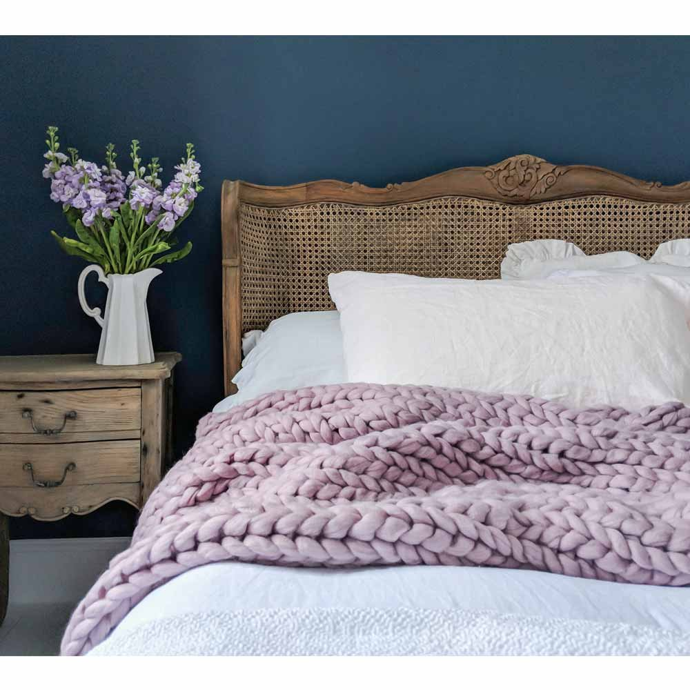 image-Wide Knit Lilac Blush Throw - Luxury Pink Blanket
