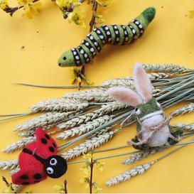 image-3 Piece Easter Garden Hanging Remer Set
