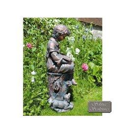 image-Solstice Sculptures Arthur Garden Ornament Statue 89Cm