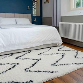 image-Soft Berber Moroccan Chevron Shaggy Bedroom Rug - Nivala