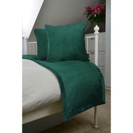 image-Matt Emerald Green Velvet Bedding Set, Throw (130x200cm) + 2x Cushion Covers