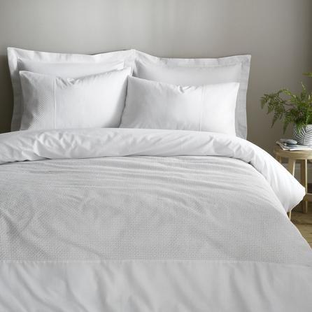 image-Niamh White 100% Cotton Duvet Cover and Pillowcase Set White