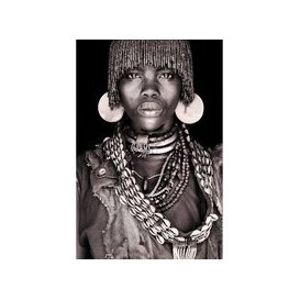 image-Hamar Woman - Wallhanging (size: 140 x 90 cm)