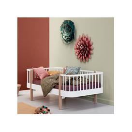 image-Oliver Furniture Wood Original Junior Day Bed - White & Oak