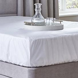 image-Waterproof Mattress Protector Plus Silentnight Size: Double (4'6)
