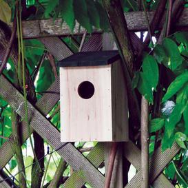 image-Free Standing Bird House Garden Mile