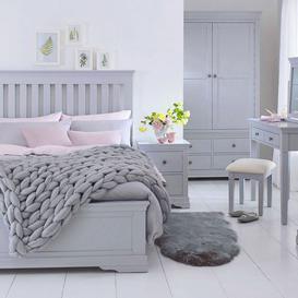 image-Evesham Slatted Bed Frame Super King 60