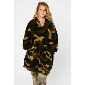 image-Camouflage Reversible Sherpa Hooded Blanket