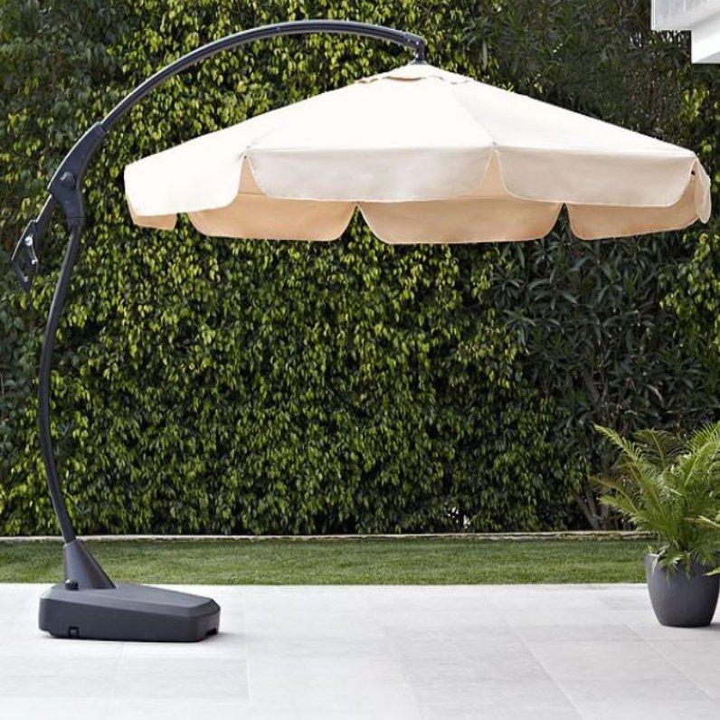 image-Maze Rattan Garden Furniture Banana Parasol Beige