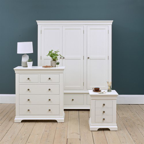 image-Chantilly White Triple Wardrobe Bedroom Set